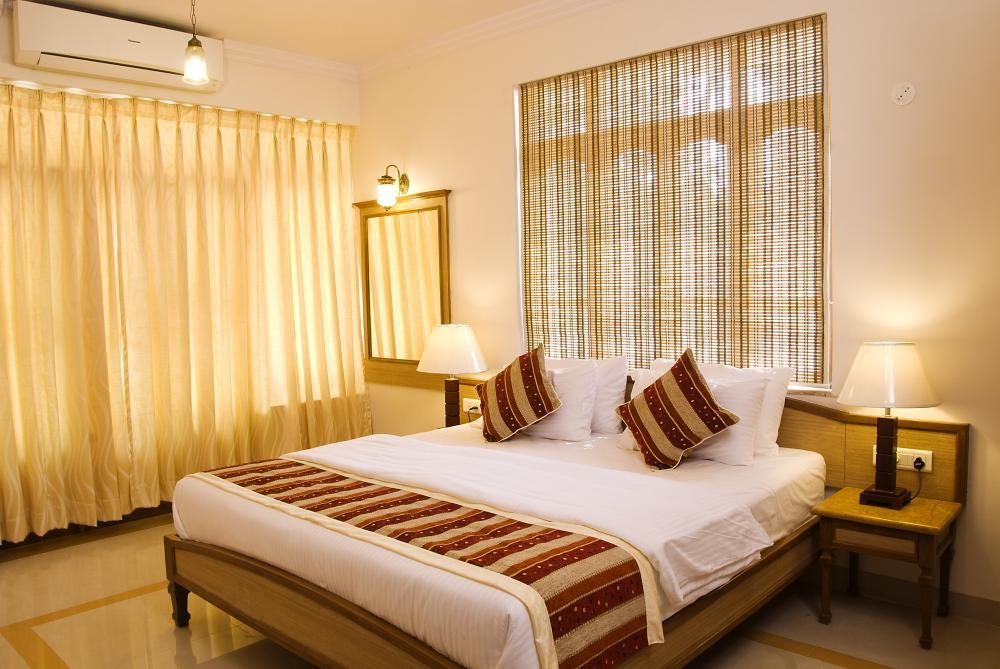 Небольшой и уютный отель ocean palms 3* прекрасно подходит для отдыха на берегу океана, расположенный в тихом районе